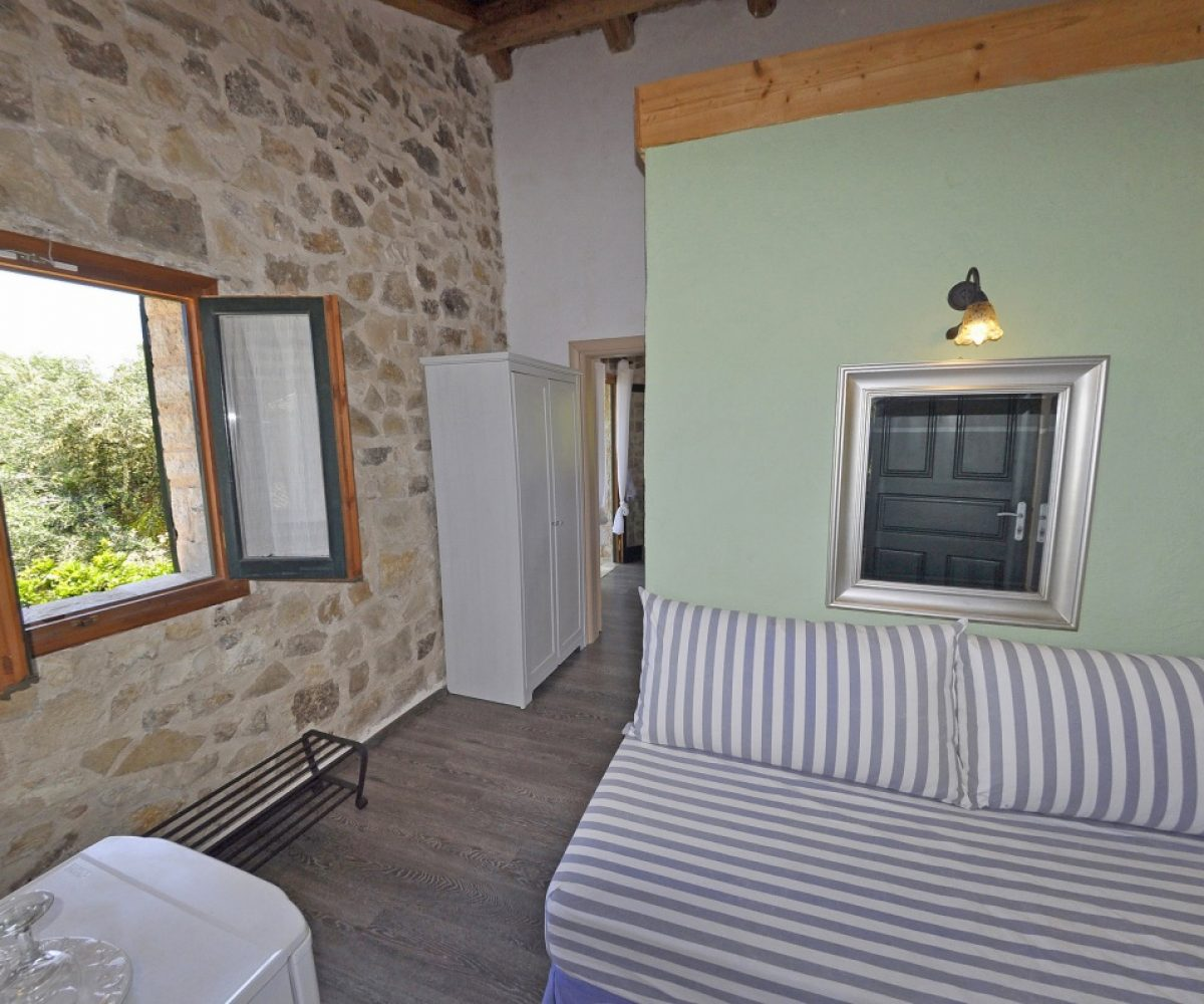 a2-apartment-adamantia-hotel-paxos-24