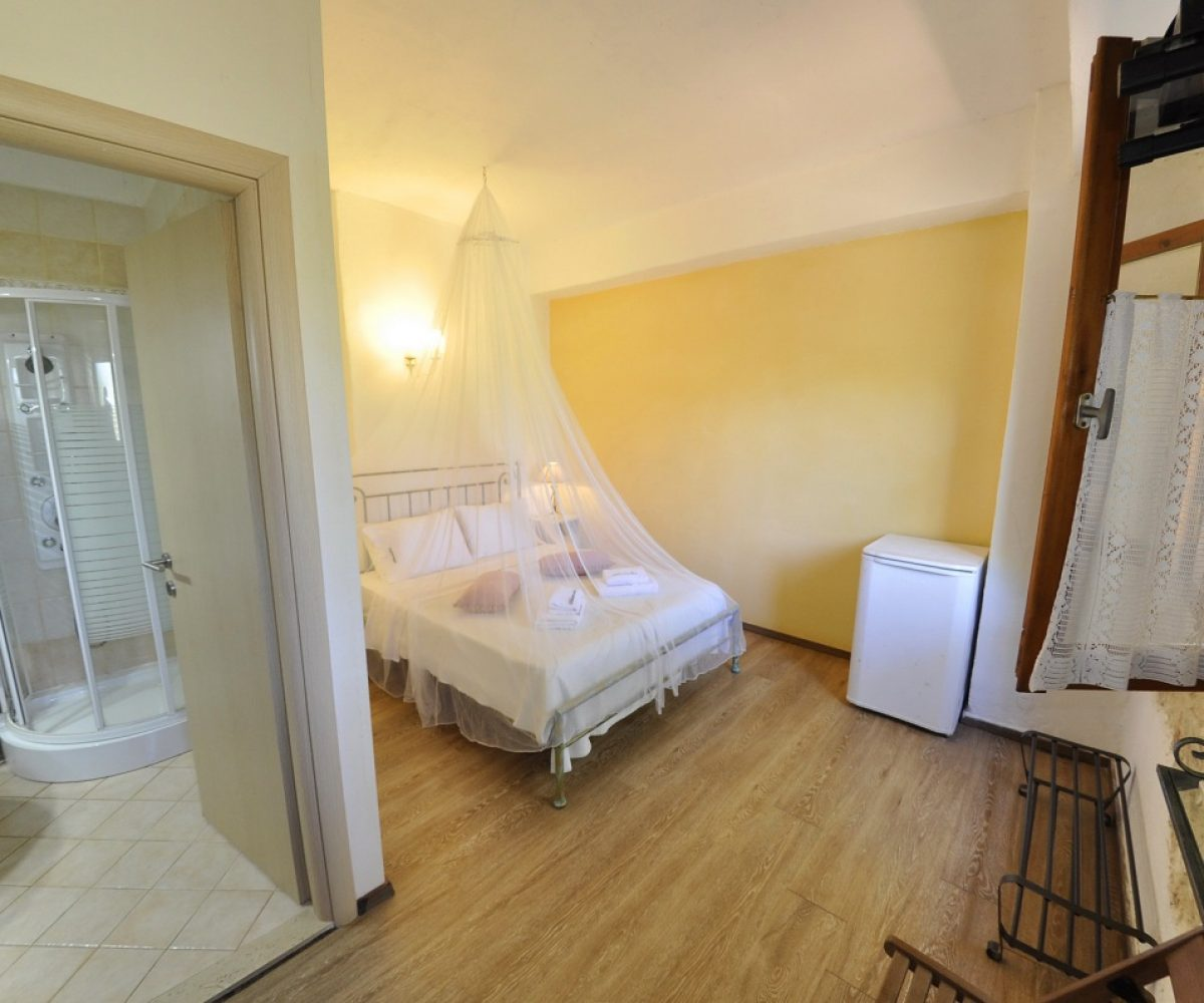 a3-apartment-adamantia-hotel-paxos-10