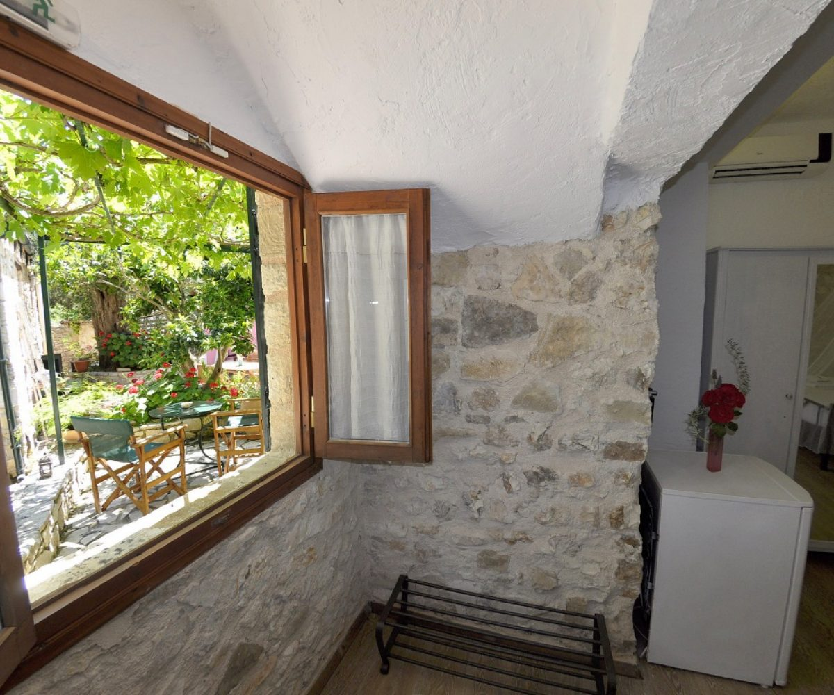 a4-double-room-adamantia-hotel-paxos-1