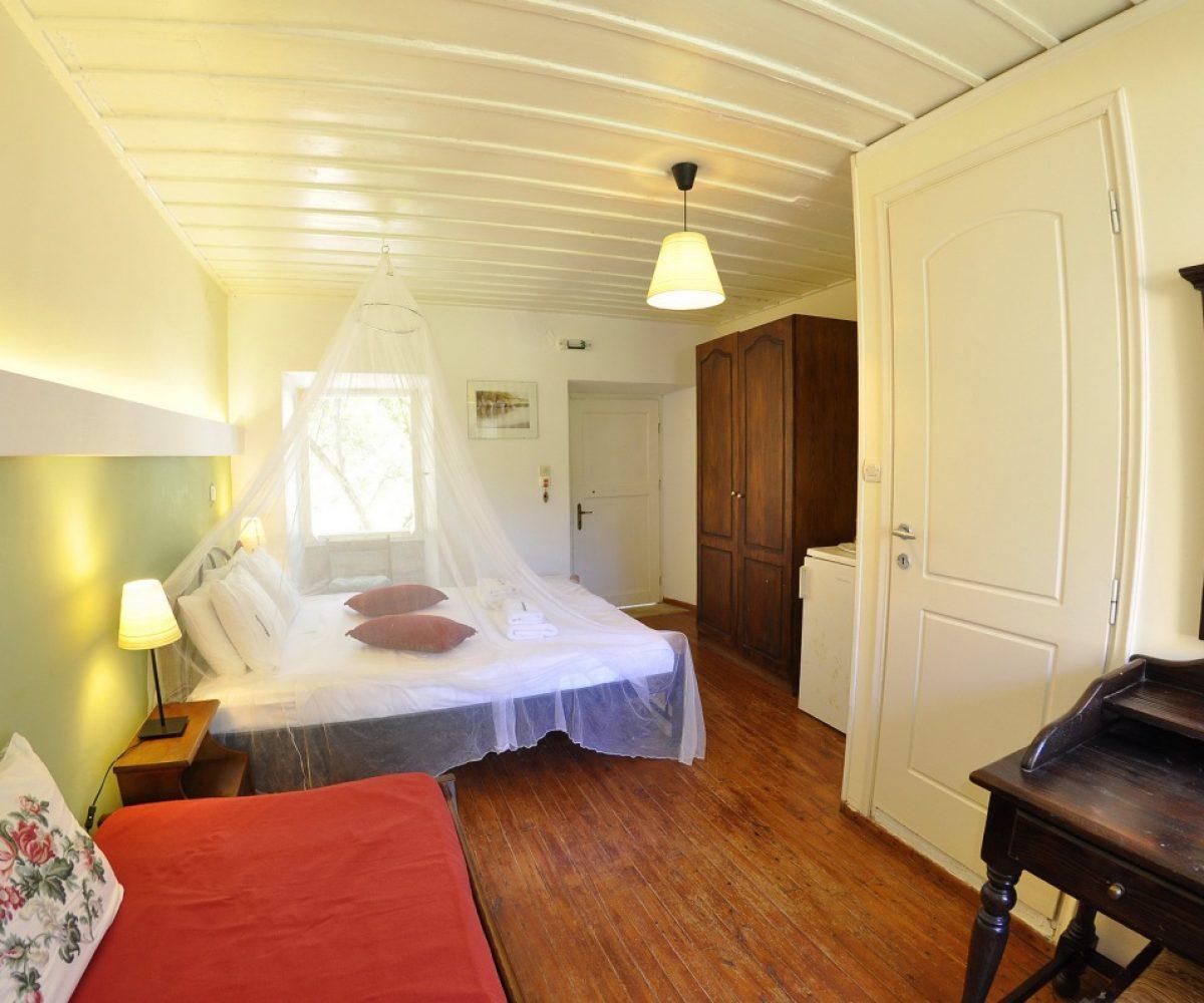 d1-triple-room-adamantia-hotel-paxos-6