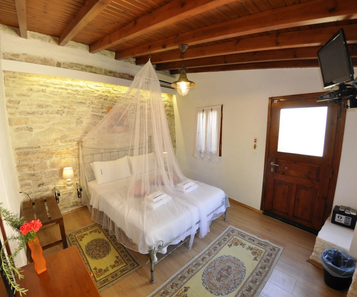 d2-double-room-adamantia-hotel-paxos-21