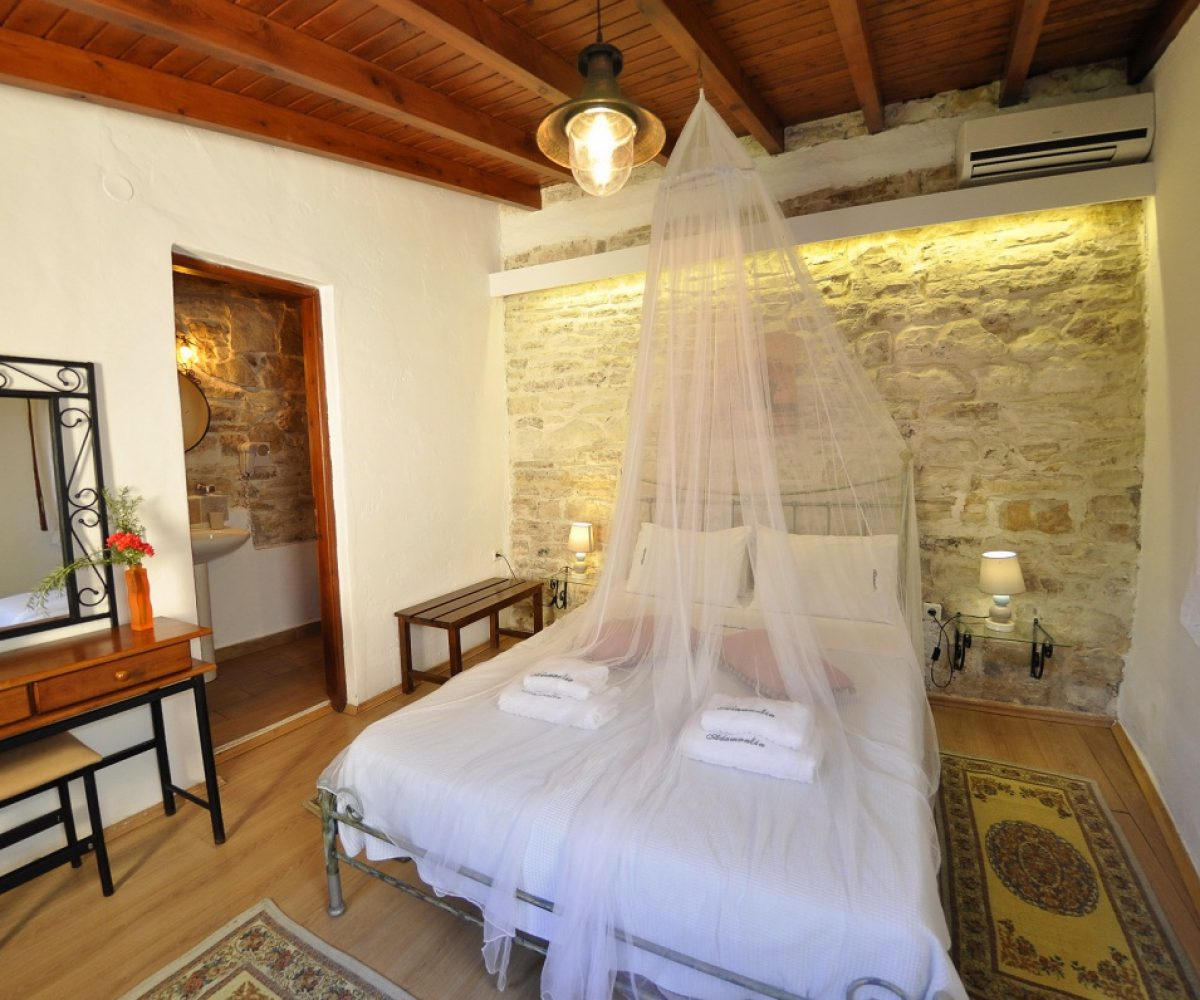 d2-double-room-adamantia-hotel-paxos-22