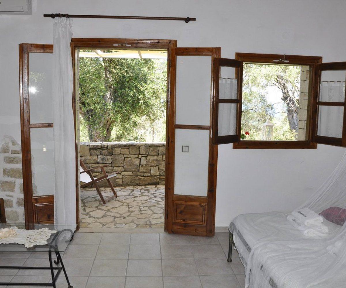 hotel-paxos-studios-6